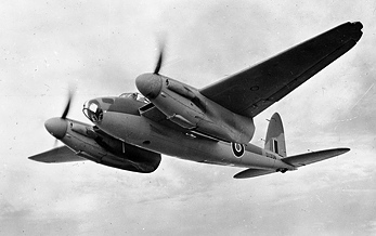 Airplane Pictures - Living Warbirds: de Havilland Mosquito