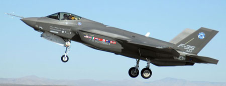 Airplane Pictures - Living Warbirds: Lockheed Martin F-35 Lightning II